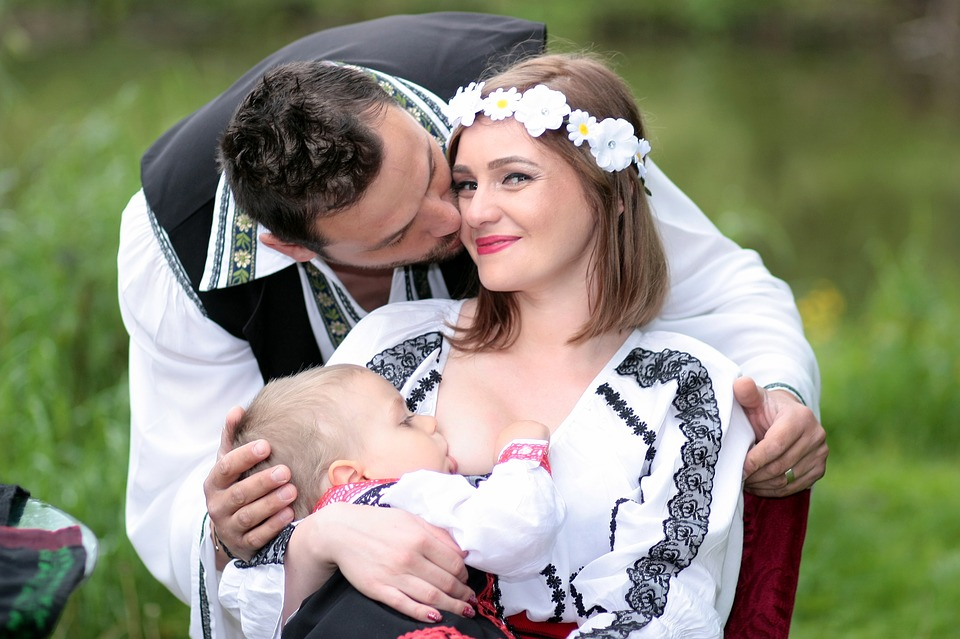 Sharing with your husband abour breastfeeding