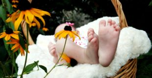 How To Enjoy Stress-Free Travel With Your Newborn