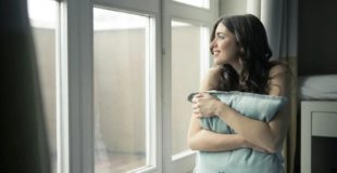4 Tips That Will Help You Choose New Residential Replacement Windows